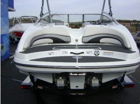 Yamaha Power Boats For Sale by 1000 Ideas About Boats For Sale On Pinterest Power