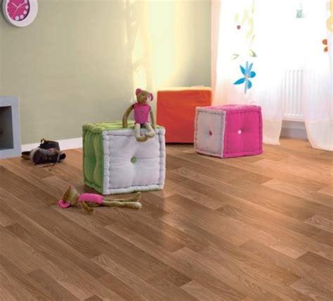 sol stratifié chambre quel revêtement de sol pour la chambre d 39 enfants