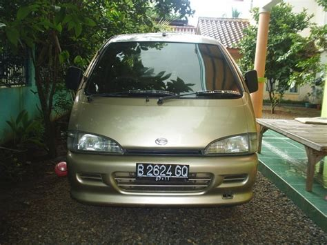 Syahla 1997 Daihatsu Handi-van Specs, Photos, Modification