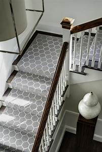 le tapis pour escalier en 52 photos inspirantes With tapis interieur maison