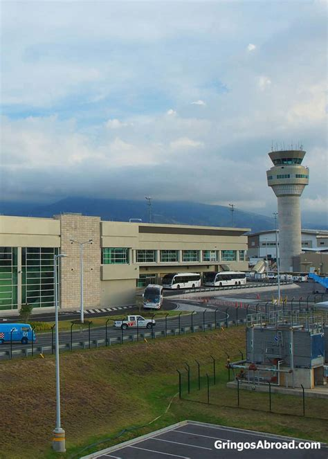 facts   quito international airport gringosabroad