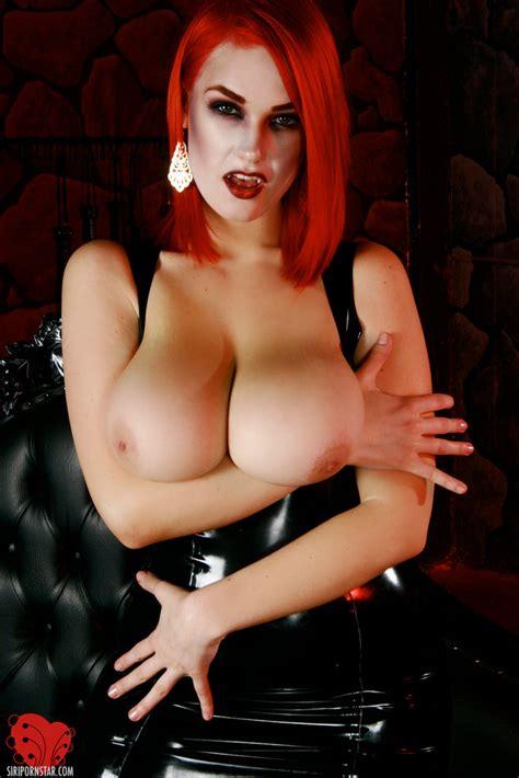 Naked Vampire Women Porn Thepicsaholic Com