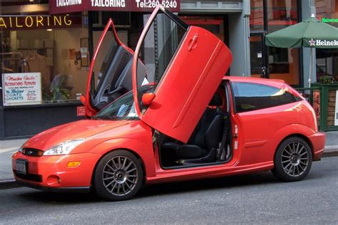 Cars With Scissor Doors : The 9 Worst Car Modifications And Accessories