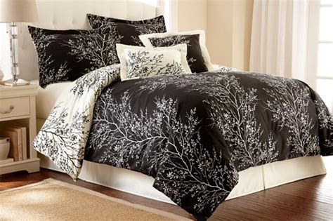 hotel pillows amazon amazon com spirit linen hotel 5th ave 6 foliage