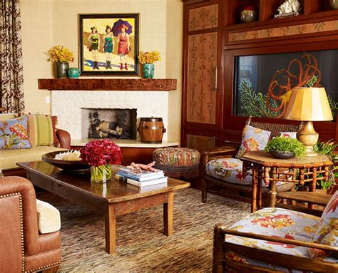 california home decorated to feel like a tropical retreat