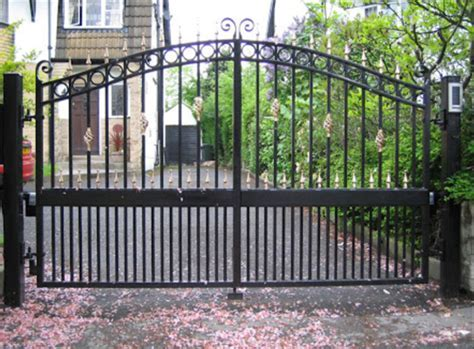 Metal Gates Metal And Wood Combined Gate Metal Gates With