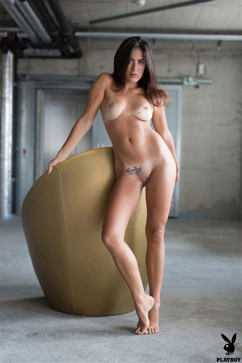 Madison McMillin  nackt