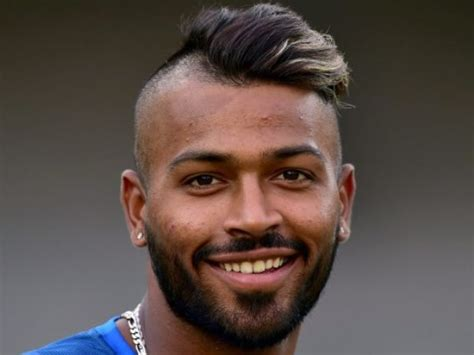 Hardik Pandya Uploads His New Hairstyle, Users Said He Is The 'male Version Of Lady Gaga' Fast Way To Curl Short Hair Best Hairstyle Long Oval Face How Make Straight Into Waves Haircuts For Guys 2016 Ideas Medium Length Layered Bun Thick Wax Hairstyles Fine Natural
