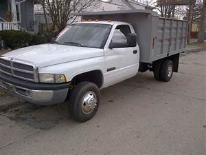 Sell Used 1996 Dodge Ram 3500 12v Cummins Diesel 4x4 5spd