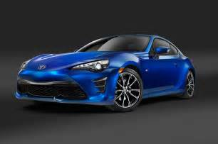 camaro vs mustang which is better 2017 toyota 86 look review motor trend