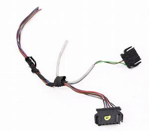 Lh Taillight Wiring Plugs Pigtail 01