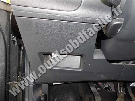 obd connector location  seat ibiza   outils