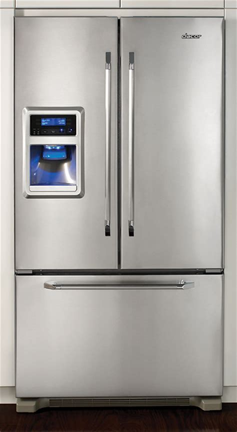 Freestanding French Door refrigerator with ice and water