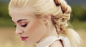 Comment Attacher Ses Cheveux : comment attacher ses cheveux selon la forme de son visage ~ Melissatoandfro.com Idées de Décoration