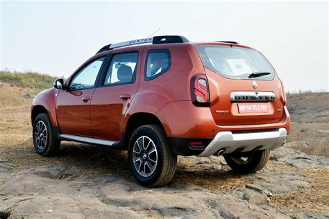 renault duster renault duster suv facelift photo gallery autocar india