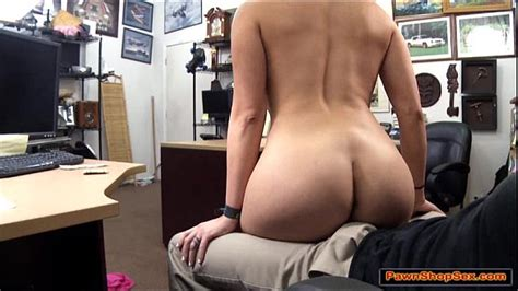 Stripper Gives Lap Dance And Blowjob