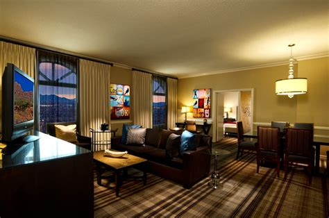 Discount Las Vegas Hotels Rooms Off The Strip