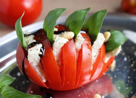 Tomatemozzarella  Mit Selbstgemachtem Käse  Daily Vegan