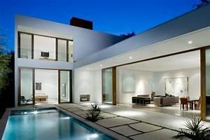 9 maisons d39architectes avec piscine With maison en forme de u 7 magnifique extension bois avec piscine interieure