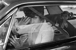 People in Cars by Mike Mandel – Fubiz Media