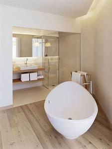 Decoration Petite Salle De Bain : id e d coration salle de bain couleur de peinture de ~ Dailycaller-alerts.com Idées de Décoration