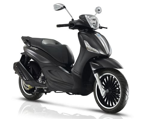piaggio beverly 300 piaggio beverly 300 300 s abs asr 2017 με κινητήρες 4 scooternet