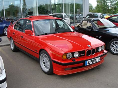 View Of Alpina B10 3.5. Photos, Video, Features And Tuning