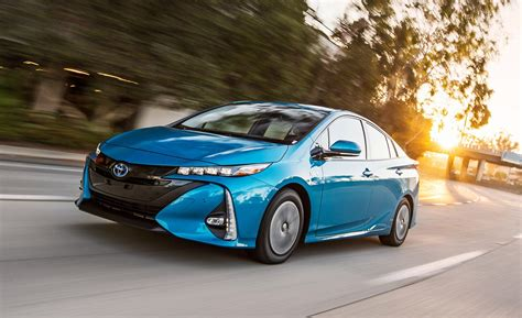 Best In Hybrid by The Best In Hybrid Vehicles Of 2018 Buyers Guide