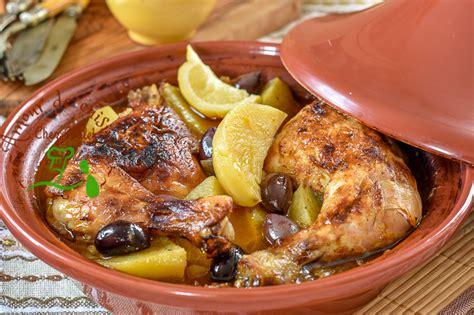 cuisiner dans un tajine en terre cuite tajine de poulet à la pomme de terre amour de cuisine