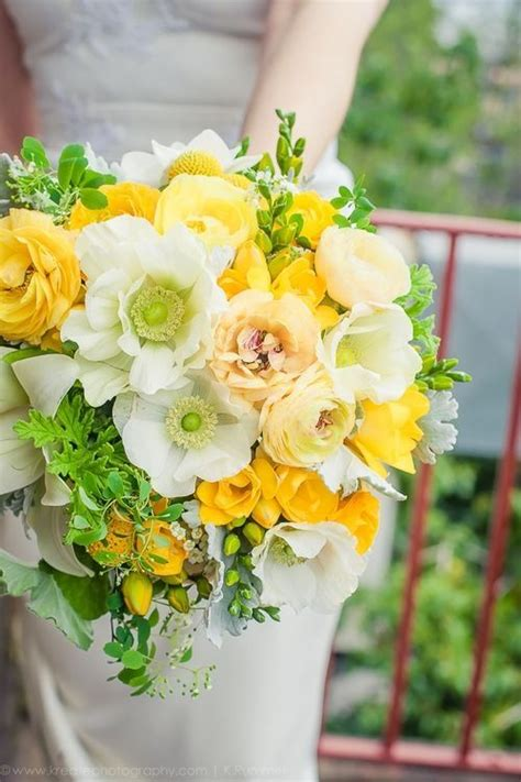 images  yellow flower arrangements bouquets