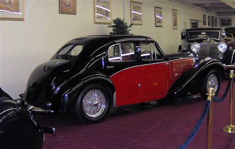 File:1939 Bugatti Type 57C Galibier Saloon rear.JPG ...