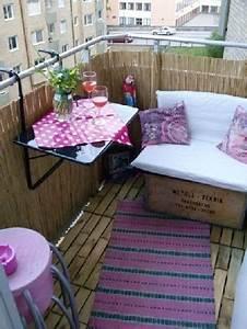 Tapis Pour Balcon : am nager son balcon avec sol caillebotis et canisse ~ Teatrodelosmanantiales.com Idées de Décoration