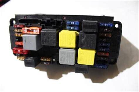 01 07 mercedes w203 c230 c320 front sam module fuse box