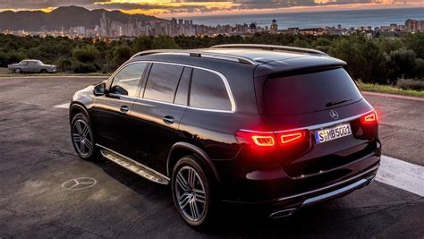 mercedes benz gls revealed shifting gears