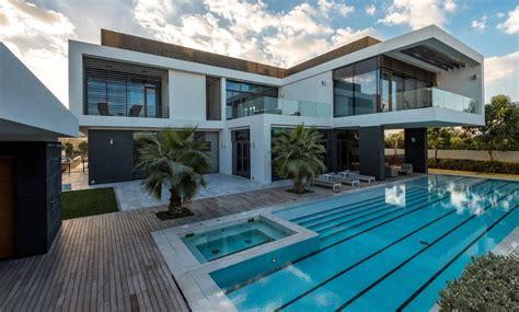 7-Bedroom Modern Luxury Home in Dubai | Modern Villas