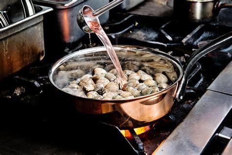 BOURGEAT COPPER SAUTE PAN WITH LID   Matfer USA kitchen
