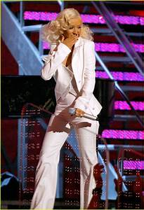 Full Sized Photo of christina aguilera grammys 05 | Photo ...