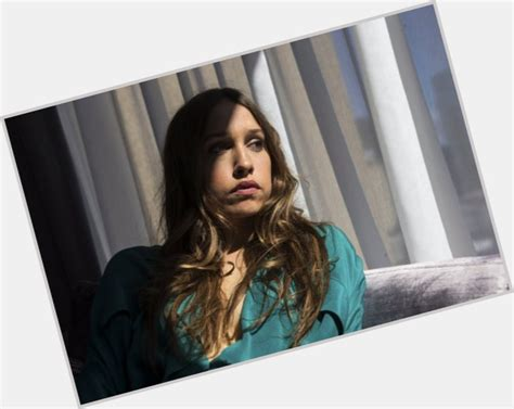 sarah sutherland official site  woman crush wednesday wcw