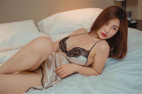 yan panpan 闫盼盼sexy big breasts police cosplay in tiny lingerie page 3 of 8 gravuregirlz