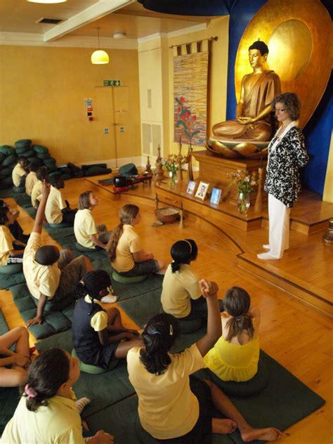 training  buddhists working  schools   uk