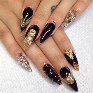 Black gold nails | Nail Art Styling