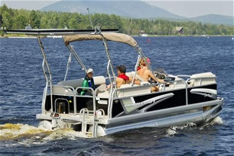 Electric Pontoon Boat Canada by Aluminum Pontoon Boats For Sale Princecraft Canada