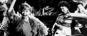 Nights of Cabiria Movie Review (1957) | Roger Ebert