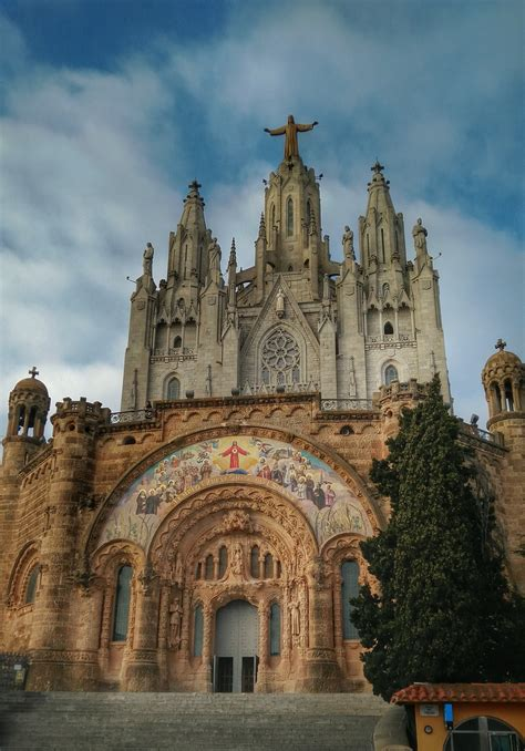 Visions of Barcelona : Spain | Visions of Travel