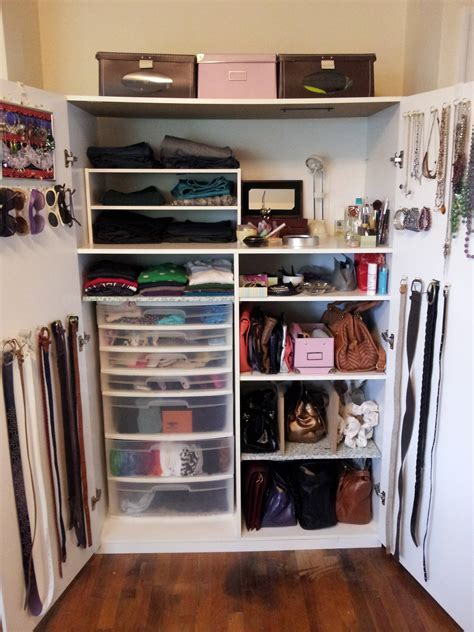 closet organize space clothing lot very creating armoire