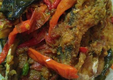 Tes rasa, tambahakan garam, gula dan kaldu jamur sesuai selera. Resep Ikan patin bumbu kuning pedassss oleh rhya rafa ...