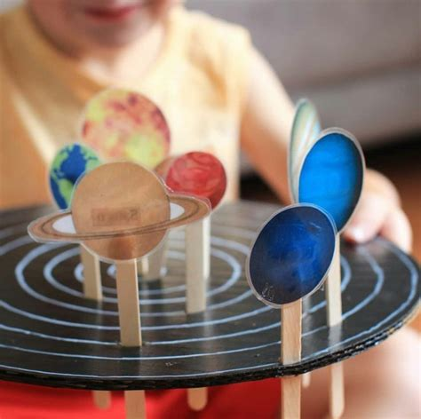 planets   orbits craft  young children