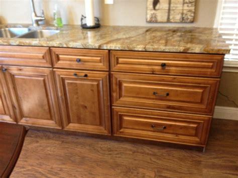 knotty maple kitchen cabinets knotty maple premium cabinets kitchen cabinet photos 6672
