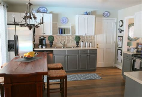 two tone painted kitchen cabinets how two tone cabinets can update your kitchen the 8616