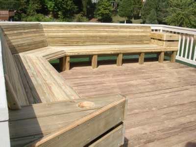Deck Bench Design by Virginia Deck Contractor